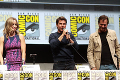 Emily Blunt, Tom Cruise & Bill Paxton (9a9.red) Tags: cruise bill emily blunt paxton