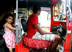 The Look (5) (Mahmoud R Maheri) Tags: street city travelling child traffic tuktuk littlegirl srilanka colombo
