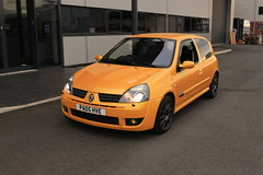 LY 182 27-06-16 011 (AcidicDavey) Tags: yellow clio renault liquid 182 renaultsport