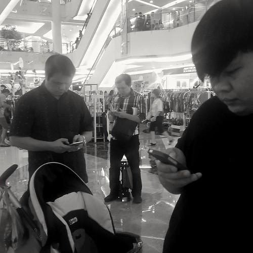 Lost in gadget, Jakarta, Indonesia