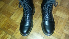 20160703_125129 (rugby#9) Tags: original black feet yellow hole boots 10 lace dr air 7 icon wear size stitching comfort sole doc cushion soles dm docs eyelets drmartens bouncing airwair docmartens martens dms 1490 cushioned wair 10hole doctormarten yellowstitching