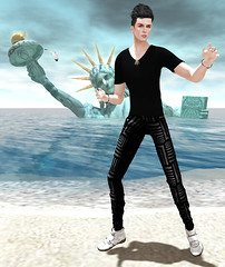 Fallen Liberty (paradoxmessmer) Tags: mock dura kosh ison dotbe sfdesign moondanceboutique