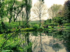 Giverny (gabi-h) Tags: trees nature water garden spring waterlilies giverny claudemonet gabih