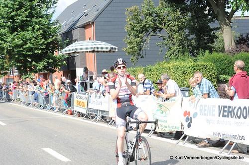 Minderhout (387)