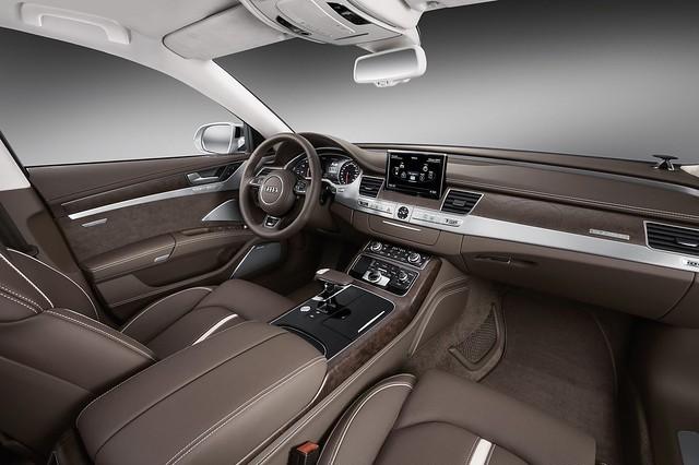 sedan audi a8 facelift