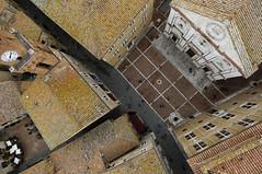 Pienza Piazza Pio II - I102r (opaxir) Tags: pienza piazzapioii aerial tuscany toscana senese italy bap zeiss touit 12mm distagon1228touit