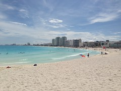 "Cancun Beach • <a style=""font-size:0.8em;"" href=""http://www.flickr.com/photos/36070478@N08/10255847693/"" target=""_blank"">View on Flickr</a>"
