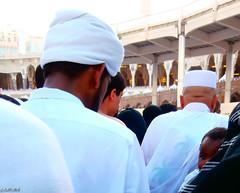 Tαwαf ❤ طواف  :) (gLySuNfLoWeR) Tags: beauty muslim islam makkah kaba kabe tawaf طواف