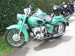 ZNDAPP KS 601 sidecar - 1953 (John Steam) Tags: elephant green vintage germany bayern meeting motorbike motorcycle oldtimer elefant sidecar 1953 motorrad beiwagen gespann zndapp zuendapp mehring ks601 teisendorf oldtimertreffen seitenwagen