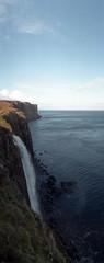 Kilt Rock (auspices) Tags: uk skye 35mm scotland lomo horizon isle kompakt