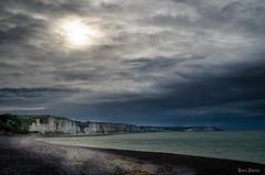 Le chemin de lumière (YS-Photography) Tags: france fecamp paysagesmarins 1localisation 1pays 2lieu