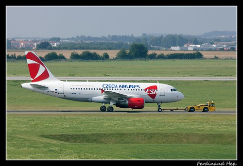 Airbus_A319-112_OK-PET_Czech Airlines ČSA_Airport Prague Ruzyně_Czech Republic