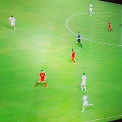 บอลไทยจะไปบอลโลก ดูแล้วเพลียจริงๆ ผู้รักษาประตูไม่มั่นใจ กองหลังไม่เข้าขา กลองกลางไล่บอลช้า ต่อบอลเสียบอลง่าย  กองหน้าไม่เติม ....11 ผู้เล่นที่ดีที่สุดในไทยหรือนี่ ? ฟุตบอลลีกพัฒนาดีแต่