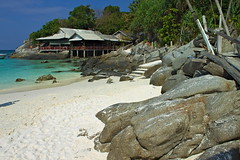 Thaïlande - Phuket - Raya Island (Nicolas Vollmer) Tags: beach thailand island thaïlande raya phuket plage rayaisland