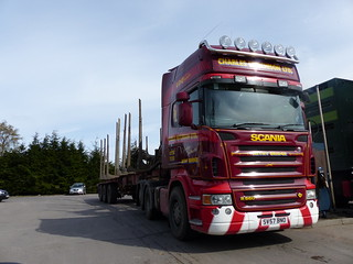 P1020132. SV57 BNO Scania  R560 V8  tag-axle Charles Hutchison Ltd Nethy Bridge timber haulage