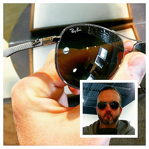 New prescription @RayBan sunglasses on the way from @PearleVision in time for Cuba!