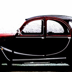 2cv charleston (archifra -francesco de vincenzi-) Tags: auto italy car automobile italia minimalism oldcar minimalismo citroen2cv molise ranitas minimalisme deudeuche minimalart lincrevable citroen2cvcharleston archifraisernia francescodevincenzi iseria
