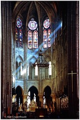 Shafts of light (alcowp) Tags: windows light paris france church architecture cathedral religion altar fra cathdralenotredamedeparis