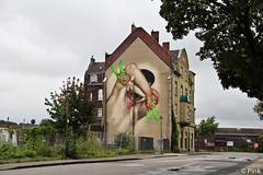 Dusseldorf - 2013 - Case 1.2 (Street Art Hunting) Tags: street new york urban streetart holland berlin art netherlands germany graffiti mural hand frankfurt finger fingers bad case 40 grad dsseldorf mannheim 2012 hera 2014 2015 heerlen 2011 vilbel schmalkalden akut 2013 herakut europaalle maclaim