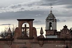 La cruz y el campanario - Zacatecas (Polycarpio) Tags: sunset mexico atardecer bell cerro zacatecas templo campanario bufa labufa