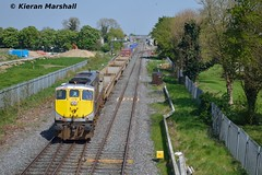 079 departs Kildare, 12/5/16 (hurricanemk1c) Tags: irish train gm rail railway trains railways irishrail kildare generalmotors dfds 2016 emd 071 079 iarnrd ireann containertrain detforenededampskibsselskab iarnrdireann 1105ballinawaterford