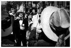 2016-04-03_100928000_1AC8B_iOS (alberto pizzoli) Tags: barcelona street city urban blackandwhite blakandwhite spain cityscape citylife streetphotography urbanexploration streetphoto barcellona urbanscene streetpho streetphotobn