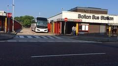 Parks Of Hamilton LSK807 National Express (Tanvir's Pics 2010) Tags: street bus station manchester for birmingham transport hamilton parks aberdeen national lane bolton greater express moor blackhorse 538 lsk807 tfgm