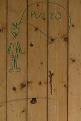 """autocritica sociale  #morrodalba #italy #clod #giornatedifotografia #sensi #enricoprada #canon #parole #scrittura (claudio """"clod"""" giuliani) Tags: italy canon clod sensi morrodalba giornatedifotografia"""