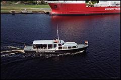 Bremerhaven Analog 2016 (229) (Hans Kerensky) Tags: canon 7 lzos jupiter12 28 35mm lens film fuji superia 200 scanner plustek opticfilm 120 bremerhaven wilhelmshaven deutsches marinemuseum mlders tourist boat rundfahrt