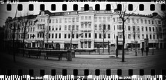 20160404-DSC_8751 (sarajoelsson) Tags: city urban blackandwhite bw panorama film monochrome 35mm gteborg march sweden gothenburg toycamera wideangle panoramic hp5 135 ilford everydaylife 2016 plasticlens filmphotography sprocketholes filmisnotdead filmshooter teamframkallning sprocketrocket believeinfilm digitizedwithdslr