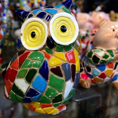 Uil / Mozaek / Barcelona (rob4xs) Tags: barcelona favorite spain mosaic owl catalunya spanje bho uil mozaek mussol cataloni iphonephoto