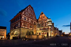 Historic Center - Rothenburg ob der Tauber, Germany (N+C Photo) Tags: world life old travel viaje blue light sky holiday france history tourism fountain azul architecture germany dark square deutschland bavaria photography photo arquitectura nikon europa europe image earth explorer central culture wideangle center franconia medieval best architectural historic adventure explore cielo hour alemania civilization nikkor dslr visual rothenburg learn architectuur global duitsland discover aventura d800 tierra obdertauber 1635f40