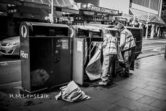 MONO9853 (H.M.Lentalk) Tags: life street leica city people urban white black post oz f14 28mm 14 sydney australian australia m 28 aussie summilux asph 114 240 typ summiluxm 11428