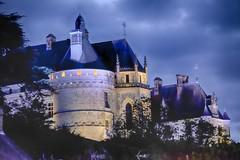 Chateau Chaumont by night (Wischhusenpixel) Tags: frankreich dracula schloss loire nachtaufnahme chaumontsurloire connywischhusen chateauchaumont wischhusenpixel