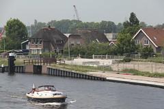 Maximabrug-598 (leoval283) Tags: architecture river concrete construction roads viewing architectuur alphenaandenrijn alphen bezichtiging ouderijn dagvandebouw maximabrug maximabridge