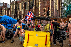 Union Jack Ass (Le monde d'aujourd'hui) Tags: london naked cycling cyclists crazy britain flag awesome protest eccentric british unionjack wacky sureal jackass 2016 worldnakedbikeride wnbr