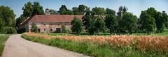 Schloss Grnau - Ried/Riedm. (Ralph Punkenhofer) Tags: austria sterreich und outdoor natur feld wiesen upper schloss landschaft bume baum obersterreich gruenau muehlviertel ried grnau sommertag riedmark