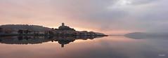 Dernires lueurs sur Gruissan (phidel60) Tags: panorama clouds eau lumire couleurs ciel paysage gruissan coucherdesoleil panoramique tang ctes lueurs