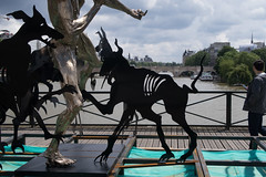 IMG_0462.jpg (mgroot) Tags: paris france art statue ledefrance fr pontdesarts paris2016