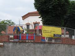 Colegio electoral en Roda de Ter (Eduardo Gonzlez Palomar) Tags: barcelona catalonia colegio escuela catalunya electoral roda catalua ter osona fanatismo 2662016