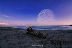 Moon, Sea and Beach (Francesco Grisolia) Tags: moonseaandbeach moon sea beach sky luna mareespiaggia mare spiaggia nikon professional photo flickr foto art creative natural natura beautiful awesome vision dicembre december 2015 squillace calabria italia italy suditalia notripod 1116mm lens landscape paesaggio panorama d7100 nikond7100 nikonusa europe nikoneurope nikonitalia best shot travel winter iamnikon