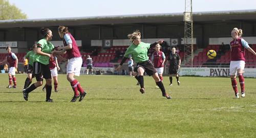 Lewes Ladies v West Ham 5 5 2013 6466