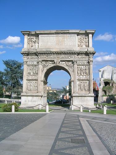 Benevento. Arco di Traiano