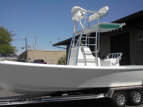 custom-aluminum-fabrication-boats-leaning-posts-sarasota-fl-4