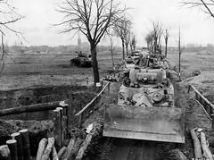 Sherman-dozer Vegberg-Germany (DREADNOUGHT2003) Tags: wwii shermantanks bliztkreig armouredwarfare
