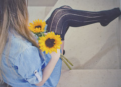 sunflowers in my hands (Luna Simoncini (Dolcenera)) Tags: me girl self ego legs sunflowers blonde