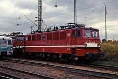 DB 142 035 (maurizio messa) Tags: railroad germany thringen railway trains bahn mau lew germania ferrovia treni e42 yashicafxd holzroller br242 br142