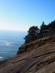 P1250061 (benguernsey) Tags: ocean cliff beach oregon pacific astoria cannonbeach oswaldwest shortsands traveloregon