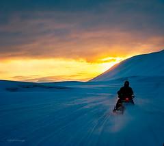 Svalbard snowmobile trip (@boinorge) Tags: sun svalbard spitsbergen
