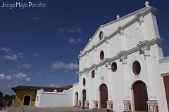 IMG_8671 (jorgemejia) Tags: festival arquitectura colonial colores granada nicaragua casas poeta poesía fipg
